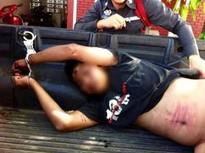 ชายคุ้มครั่งใช้อาวุธมีดสังหารโหดเด็ก 5 ศพ