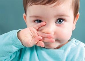 เทคนิคดีๆเพื่อช่วยให้ลูกน้อยหายใจโล่ง จากอาการหวัดเมื่ออากาศเปลี่ยน
