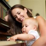 """คุณแม่ฉลาดเลือก """"ดนตรี"""" เพื่อพัฒนาการที่ดีกว่าสำหรับลูกน้อย"""