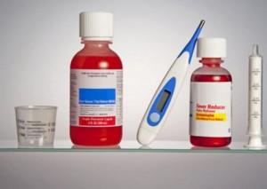 ชนิดของยาลดไข้ และการเลือกใช้ยาลดไข้ที่ปลอดภัยสำหรับเด็ก