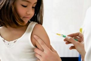 """สธ.ชง """"วัคซีนเอชพีวี"""" ฉีดฟรีให้ประชาชน สกัดโรคมะเร็งปากมดลูก"""