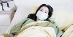 'ใบเตย อาร์สยาม'ทรุดหนัก-หามส่งร.พ. พบป่วยไข้หวัดใหญ่สายพันธุ์บี