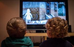 อิทธิพลของทีวีที่มีต่อลูกรักของคุณ