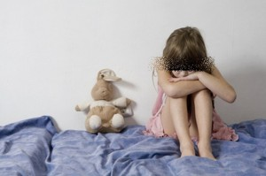 คนใกล้ตัวอีกแล้ว ก่อคดีข่มขืนหลานสาววัย 7 ปี