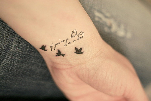 hand-tattoos-for-women-tattoo-ideas-50196