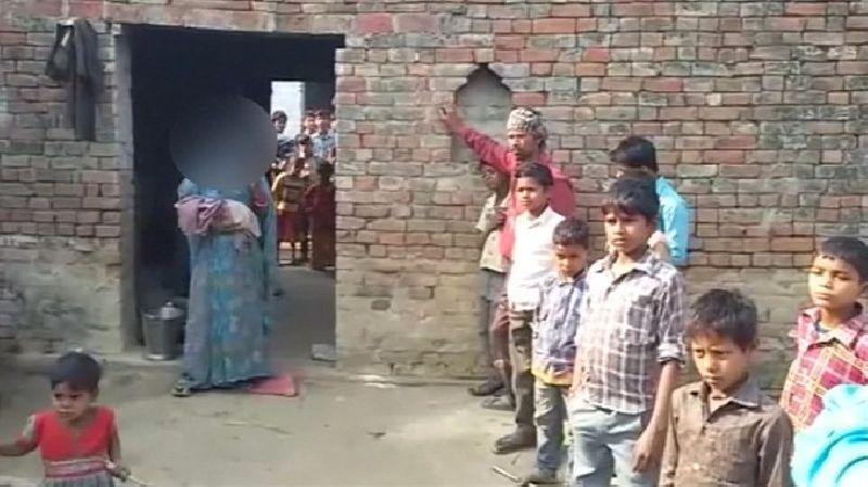 ด้านสมาคมสตรีเพื่อประชาธิปไตยแห่งอินเดียทั้งมวล กล่าวว่าคดีดังกล่าวสยดสยองกว่าคดดีรุมโทรมนักศึกษาบนรถเมล์ในกรุงนิวเดลี ซึ่งกลายเป็นคดีช็อกโลก เมื่อปี 2555 เพราะมีทารกถูกฆ่าอย่างโหดเหี้ยม อย่างไรก็ตาม ยังไม่มีการตั้งข้อหาฆาตกรรม ซึ่งสมาคมสตรีฯ ระบุจะเดินหน้าประท้วงจนกว่าผู้ต้องหาจะถูกดำเนินคดีในความผิดฐานฆาตกรรมด้วย